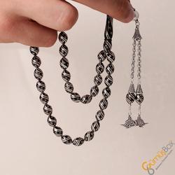 Özel Tasarım Oltu Üzeri Gümüş İşlemeli Tuğra Figürlü Gümüş Tesbih - Thumbnail